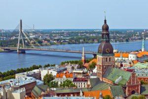 поездки в Латвию